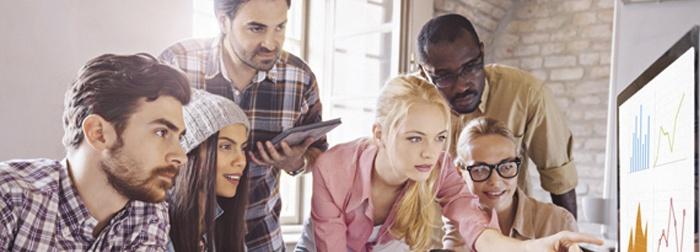 Cómo hacer estrategias de redes sociales para consumidores Millennials